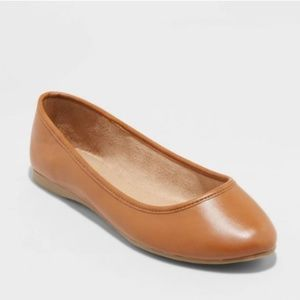 Universal Thread Everly Round Toe Ballet Flats NWT